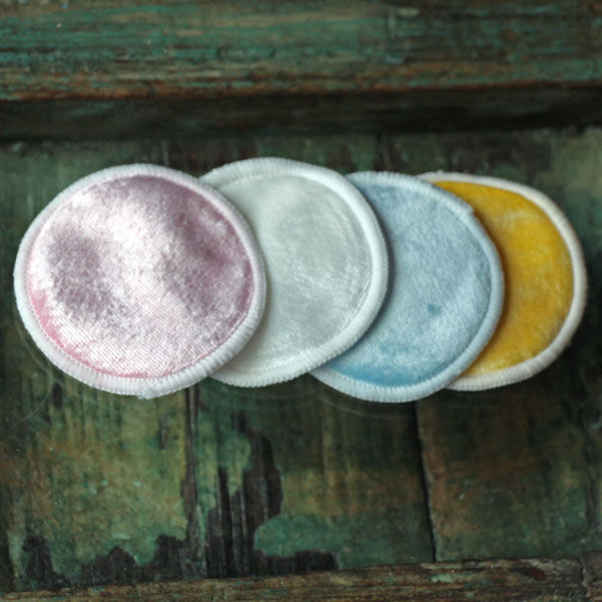 Picture of BAMBOO REUSABLE MAKEUP PAD (1pc)